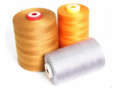 Нить швейная 100% PE 120 (50/2) цв 0527 оранжевый персиковый (боб 5000м/10боб) Cometa